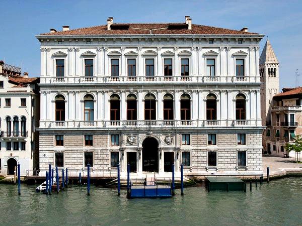 Palazzo Grassi Museum Contemporary ART
