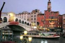 Sleeping in Venice hotel Rialto