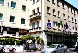 From Mestre to Venice with good hotels Bologna