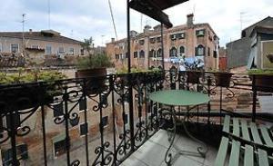 Venice Italy apartments with balcony