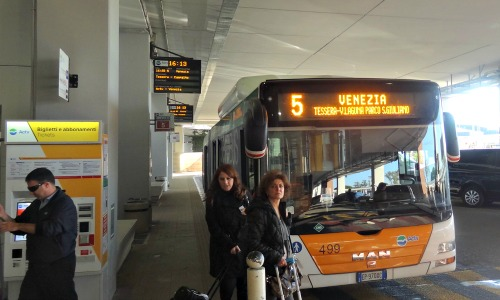 From Airport to Venice Bus