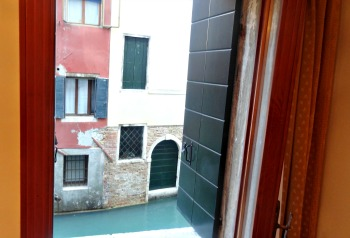 Hotel Venice canal comfortable