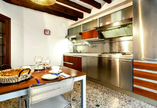 Your own Italian life in an apartment or Holiday home